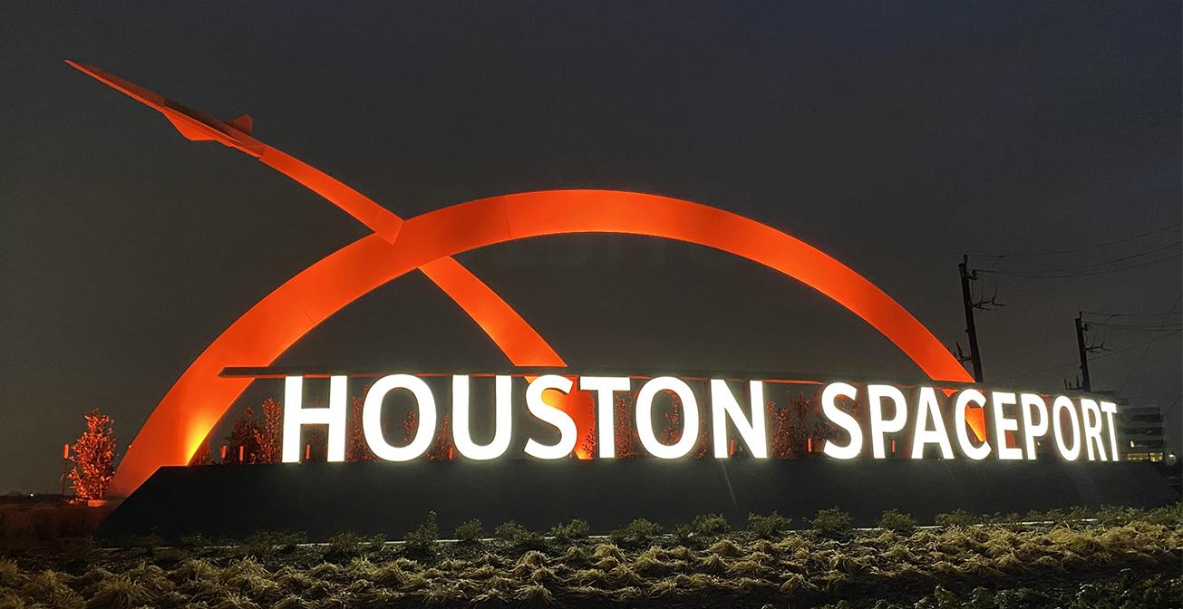 Spaceport_Monument_Orange